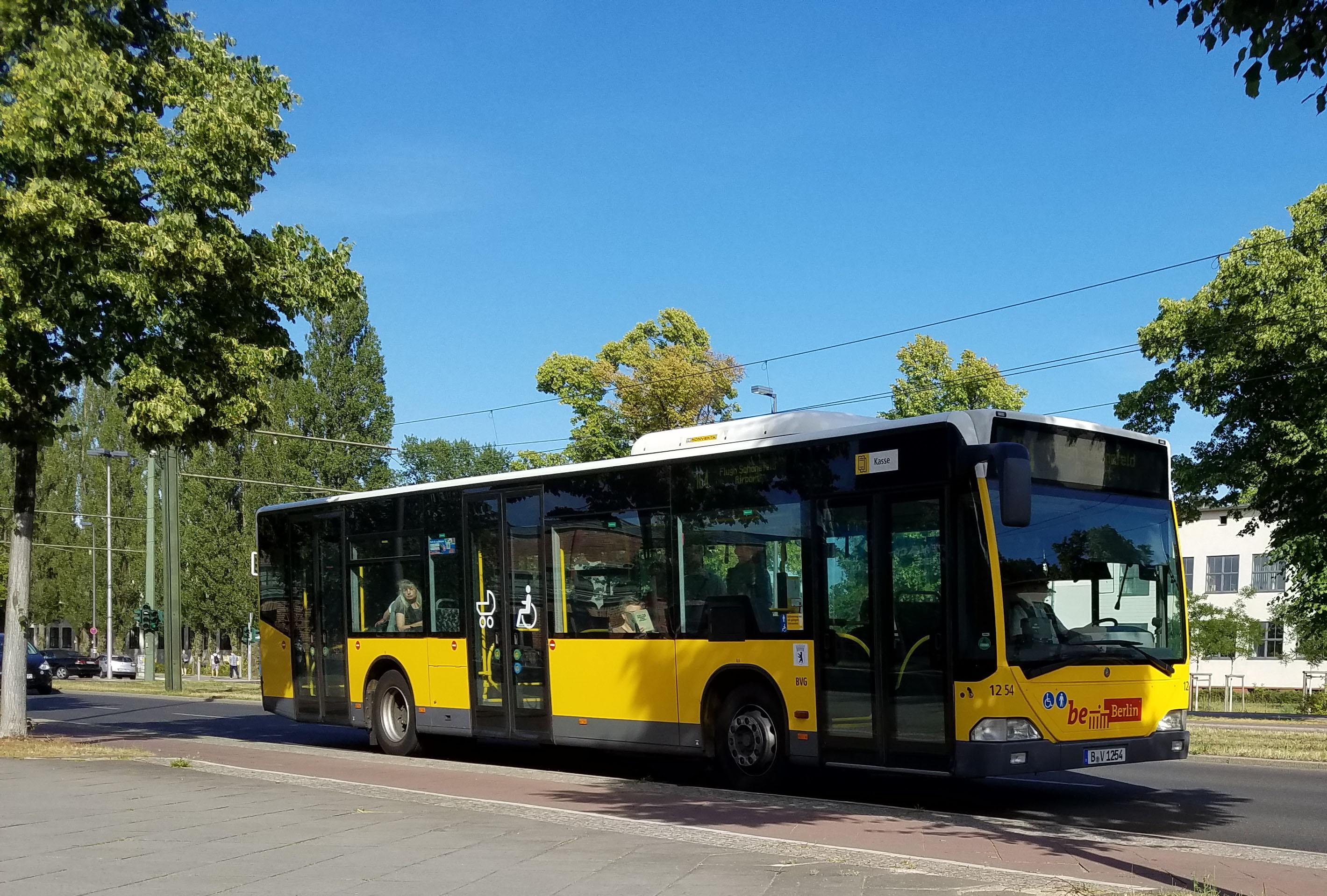 Foto: Bus 1254, Typ Citaro O530, Adlershof, Juni 2017