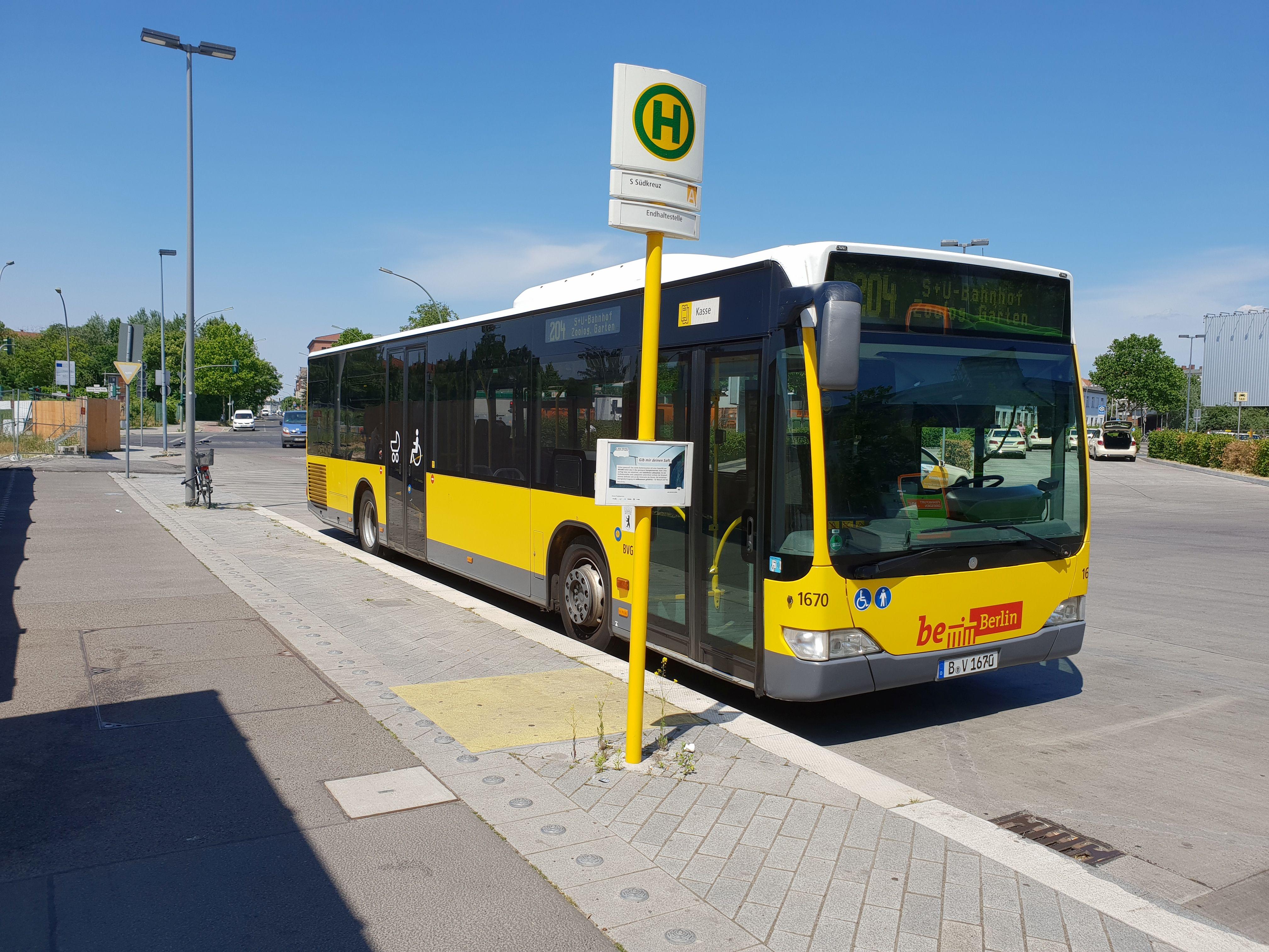 Foto: Bus 1670, Typ Citaro O530, Berlin Südkreuz, Juni 2018