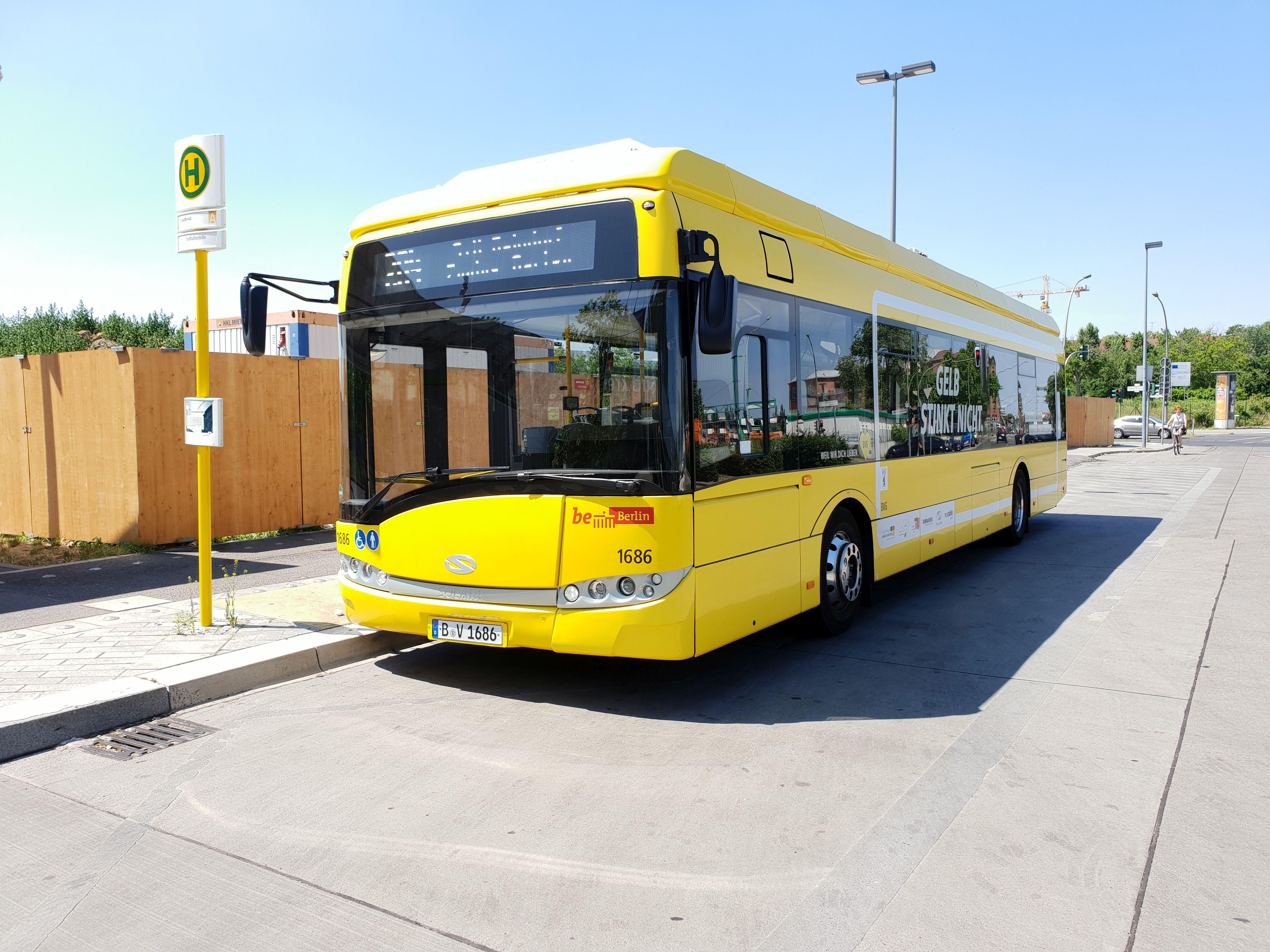 Bus 1686, Typ Solaris Urbino 12 Electric, Berlin Südkreuz, Juni 2018
