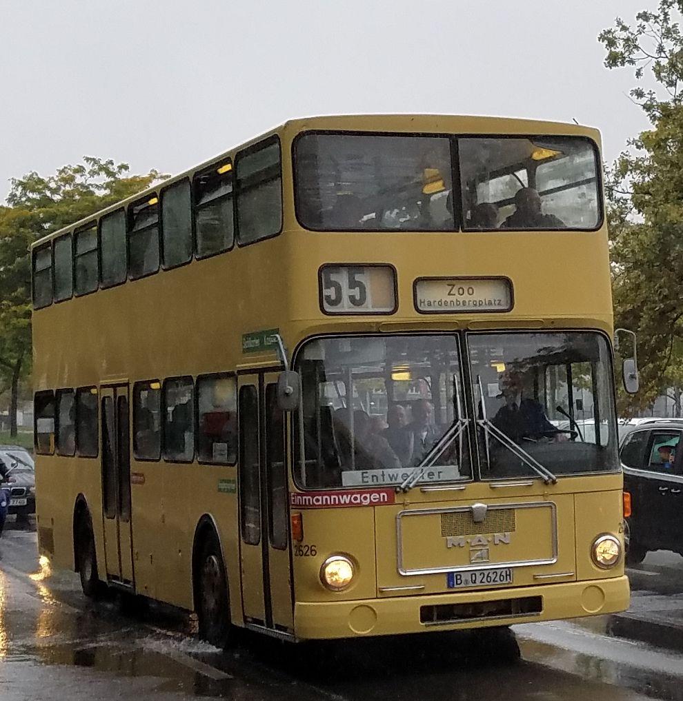 Foto: Bus 2626, Typ MAN SD 74, Berlin Siemensstadt, Oktober 2017