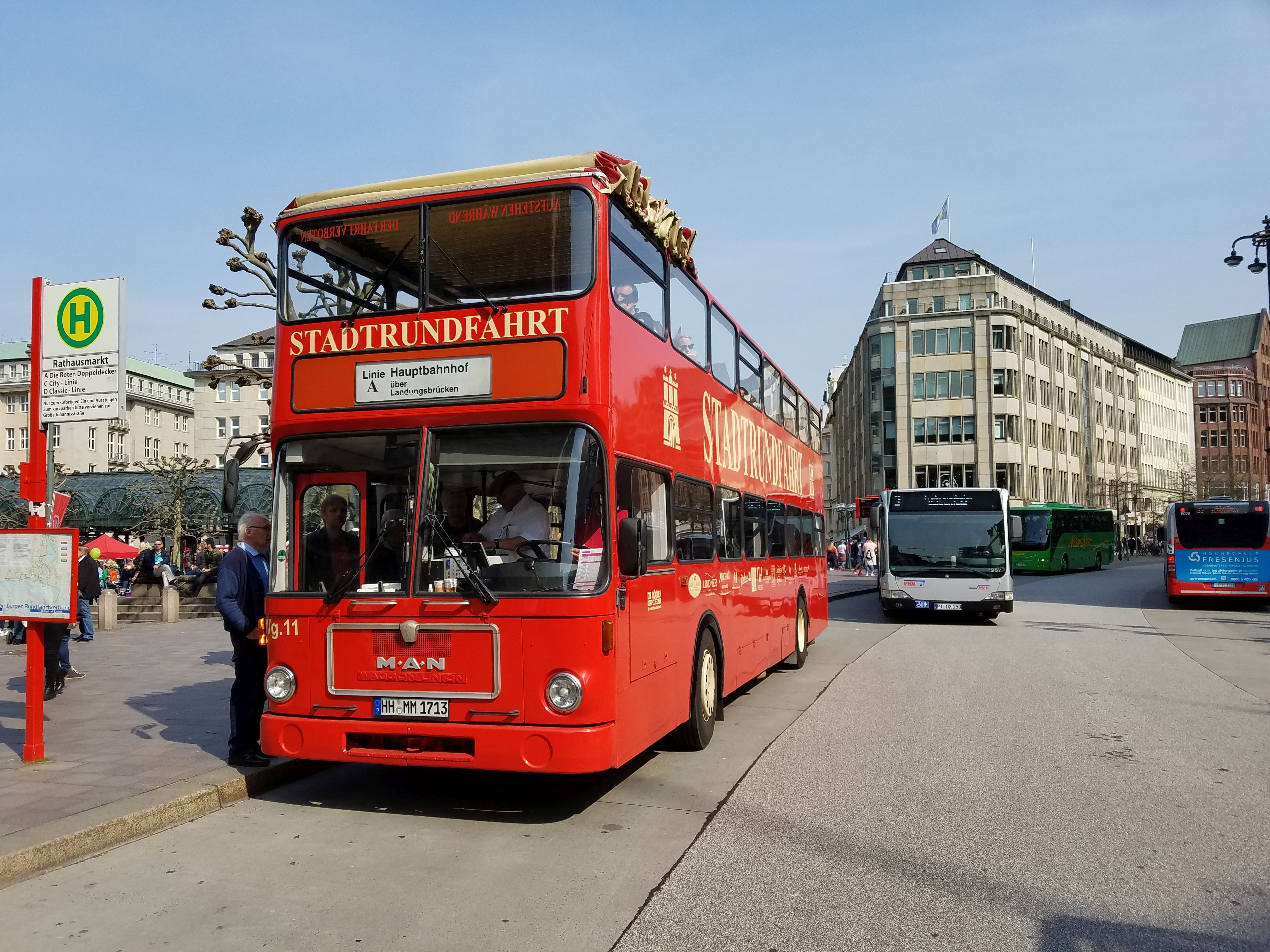 Foto: Bus 3431, Typ SD85, Stadtrundfahrtbus HH MM 1713, Hamburg, März 2017